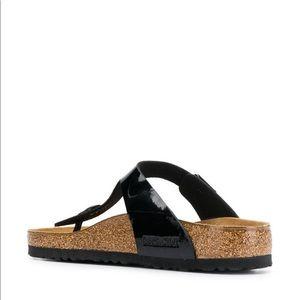 Birkenstock Gizeh - Black leather sandals